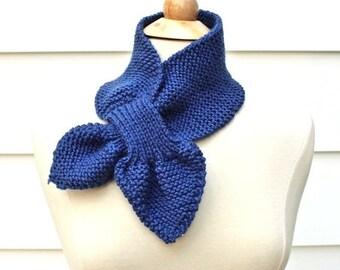 Keyhole scarf knitting pattern, knit ascot scarf pattern, unique knit pattern, knit neck warmer pattern, knit scarf pattern, scarflette