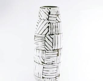 vase black and white