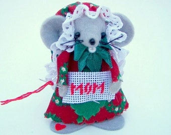 Felt Ornament MOM Christmas Mice Gift Red Green Tree Ornament Needleworker Gift