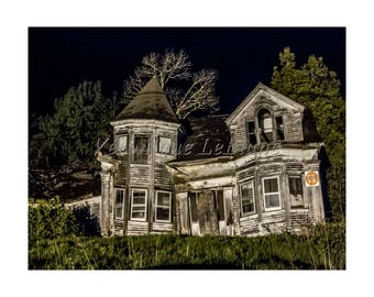 Abandoned house in Maine