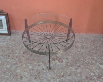 Italian Design coffee table, in brass and glass 1960