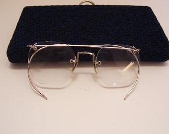 Ladies Silver Tone Wire Frame Eye Glasses Vintage Theatre Prop Retro Fashion