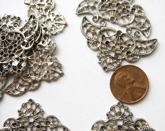 10 Vintage silver tone triad filigree pieces HC011.
