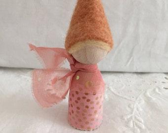 felt peg doll - finger puppet - gnome - handmade - Waldorf inspired