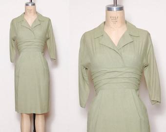 Vintage 50s green linen dress / empire waist dress / pin up dress