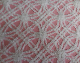 """Hofmann PINK and White WEDDING RINGS Vintage Chenille Bedspread Fabric - 24"""" X 24"""""""