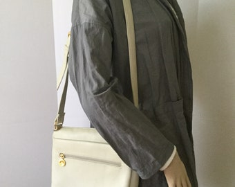 New Old Stock Stone Mountain Ivory Leather Crossbody Bag