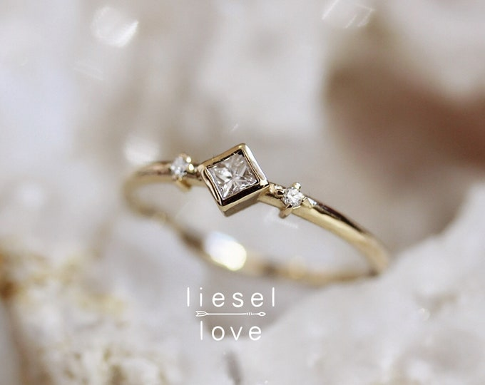 """Featured listing image: 14K Diamond """"Deco"""" Ring"""