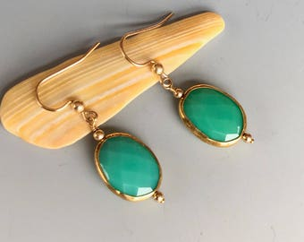 Chrysoprase and Gold Earrings / Jade Green and Gold Earrings