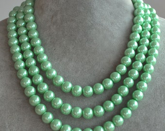 mint green Necklace,Triple strand 10mm glass bead Necklace,Wedding Necklace,bridesmaid necklace,statement necklace,faux Pearl Necklace