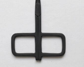 January Scissors by Kelmscott Designs