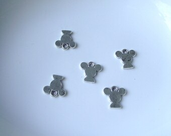 Silver tone Mickey Mouse Head Component Destash 22mm-5 pieces. LAST ONE