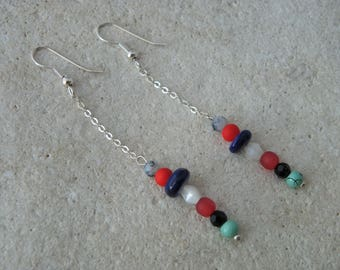 Chain and pearls earrings