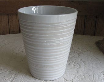 White Clay Vase Pottery Flower Vases Vintage Planters and Pots White Home Décor Swirled Designed Florist Ware