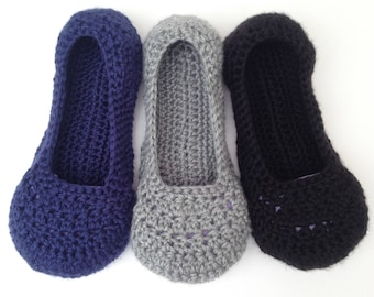 womens crochet slipper. Mothers day gift . grey house shoes. Ladies blue slippers. Non-slip sole.