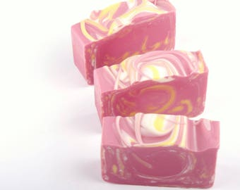 Amour Soap - Natural Soap - Homemade Soap - Cold Process Soap - Shea Butter Soap - Vegan Soap - Valentines Gift