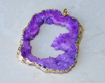 Purple Druzy Pendant. Geode Pendant. Agate Druzy Pendant. Geode Slice. Gold Plated Edge - 52mm x 56mm - 9457
