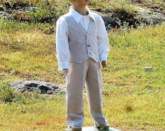 Ring bearer suit. Boys linen suit. Rustic ring bearer suit. Country wedding. Toddler boy outfit. Boys wedding suit.Ring bearer clothes.