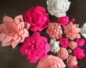 Mix of Giant Paper flower...