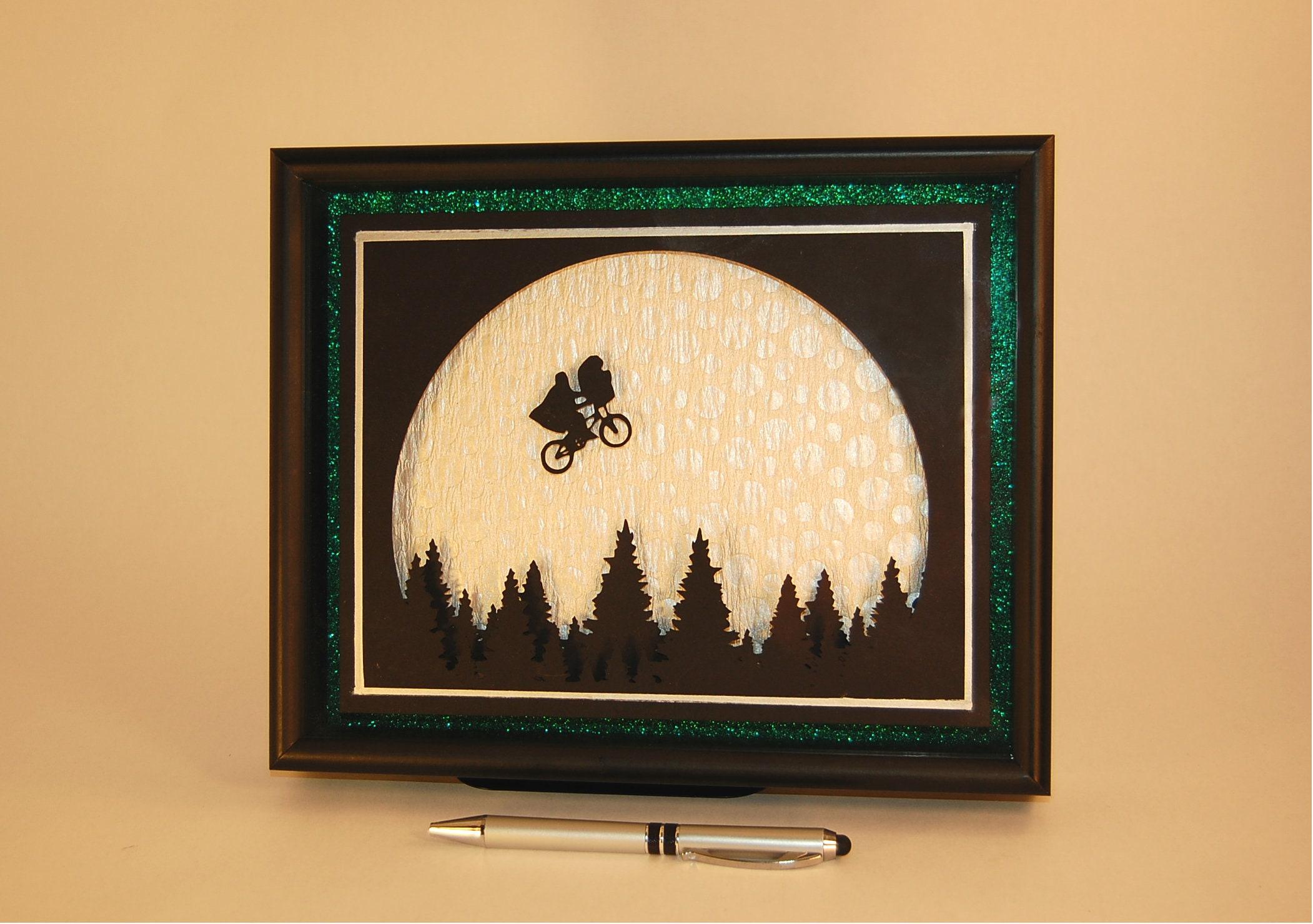 ET Shadowbox 3D wall art