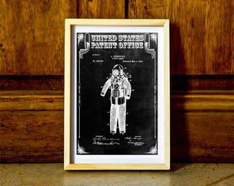 Diving Armor Patent 1893 – Patent Print, Wall Decor, Diver Gift, Scuba Gift, SCUBA Diver, Deep Sea Diver, Nautical Decor, Beach House Decor