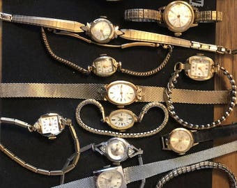 Lot of 14 Vintage watches with bands