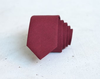 Dark Burgundy Linen Skinny Tie