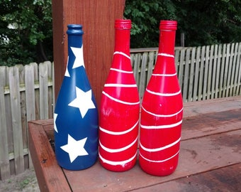 4th of July Decor, Wine Bottle Decor, 4th of July Wine Bottles, 4th of July Decorations, Fourth of July Decor, Fourth of July Wine Bottles