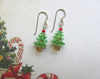 Christmas Tree Earrings, Holiday Earrings, Christmas Earrings, Swarovski Earrings, Christmas Jewelry, Dangle Earrings, Green Earrings