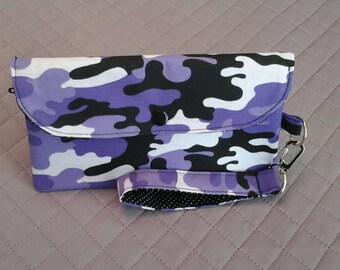 Purple camo smartphone wallet.