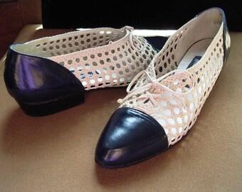 Stuart Weitzman Navy Kid Trim Cream Lattice Summer Flats Orig. Box Size 7AA Item # 44 Shoes& Boots