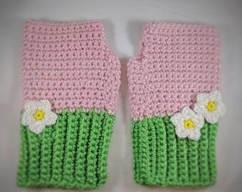 Strawberry fingerless mitts