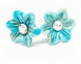 Apatite Gemstone . 11mm Carved Flowers . Sterling Silver Posts Studs Earrings . Aqua Blue . Free Shipping . E18036