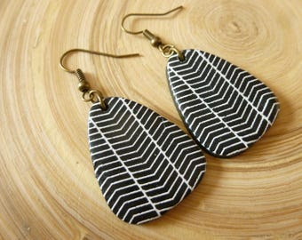 Polymer clay earrings black white graphic pattern