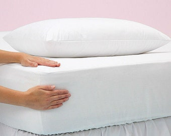 Mattress cover (Matrimonial size and liquid resistant)
