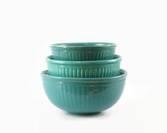 Vintage Mixing Bowl Set, Red Wing Pottery, Farmhouse Kitchen Decor, Nesting Bowls, Country Cottage Decor, Kitchen Bowl Set