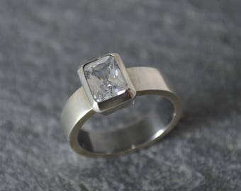 Zircon silver ring. Sterling silver.  Zircon engagement ring. Unique ring. Minimalist ring. Bespoke wedding ring. Elegant jewelry. Simple.