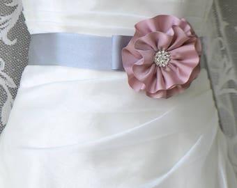 Bridal belt, Gray Pink Bridal sash, Floral Bridal Belt, sash belt, Grosgrain bridal belt, Flower wedding sash, Flower wedding dress belt