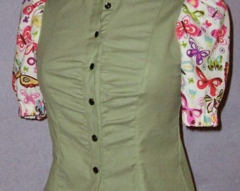 Fitted with short sleeves and Mandarin collar women blouse