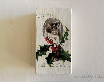 Wooden Shabby Chic Blocks with Vintage Cat