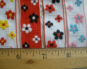 "Embroidered Flowers on waffle cotton ribbon trim 7/8"" 22MM wide colors yardage woven finished edge French Vintage Inspired floral retro"