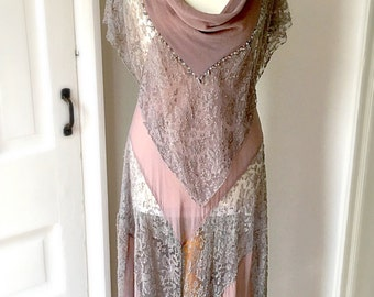 1920s Vintage Beaded Flapper Dress. Gatsby Party. Exquisite.
