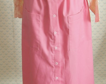 1960s/70s bright pink snap skirt with pockets