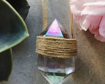 Angel aura quartz necklace with leather