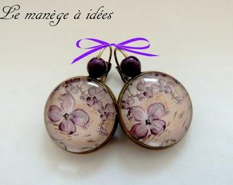 Earrings / Stud Earrings/cabochon, bronze Metal charm of purple, romantic.