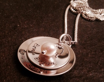 Hand stamped personalized mothers necklace with freshwater pearl or Swarovski crystal birthstone