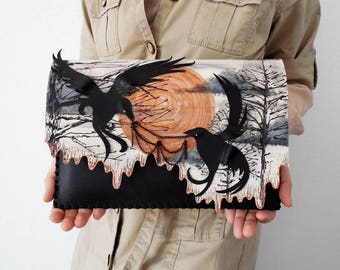 Birds purse Ravens bag Game of thrones ravens bag Goth painting Birds bag Quirky gift purse Halloween bag Painted clutch Statement clutch