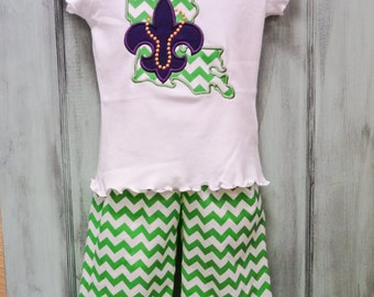 Mardi Gras Green Chevron Ruffle Pant and appliqued tee shirt with Louisiana and fleur de lis