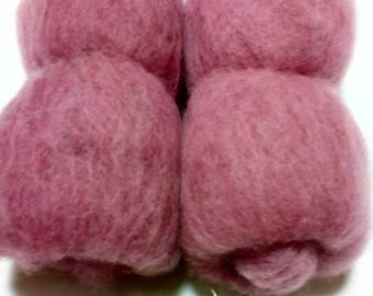 50g batt wool from Suffolkschaf for spinning or felting in purple