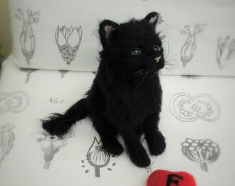 needle felted Kitten....now sold